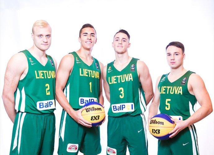 Lietuviai startavo nesėkmingai (FIBA nuotr.)