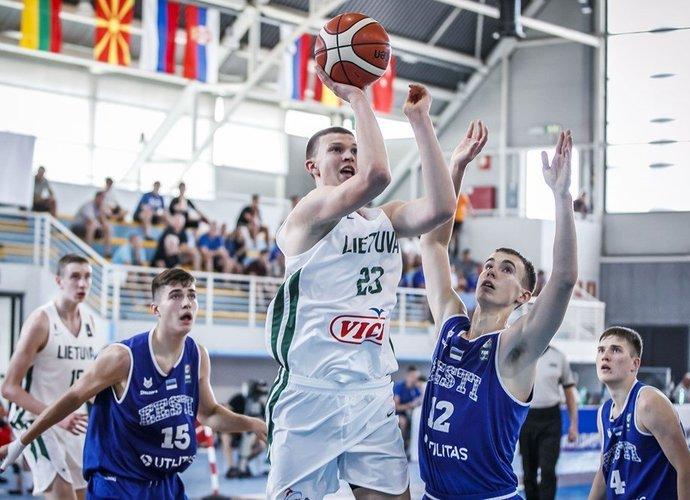 U16 rinktinė pradeda kovas (FIBA nuotr.)