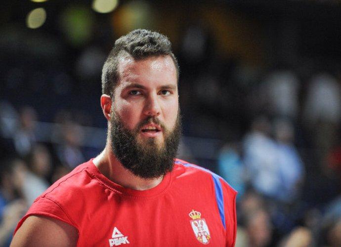 M.Raduljica didžiuojasi savo galinga barzda (Fotodiena.lt nuotr.)