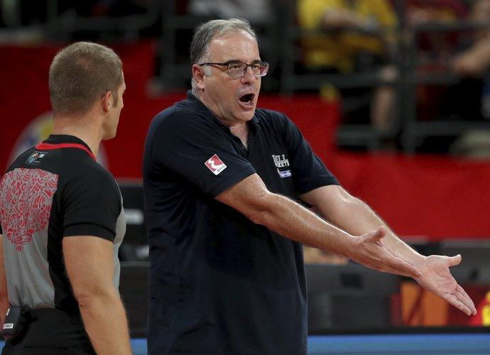 Th.Skourtopoulos nesuprato, kaip N.Calathesas per 37 minutes išprovokavo tik vieną pražangą (FIBA nuotr.)